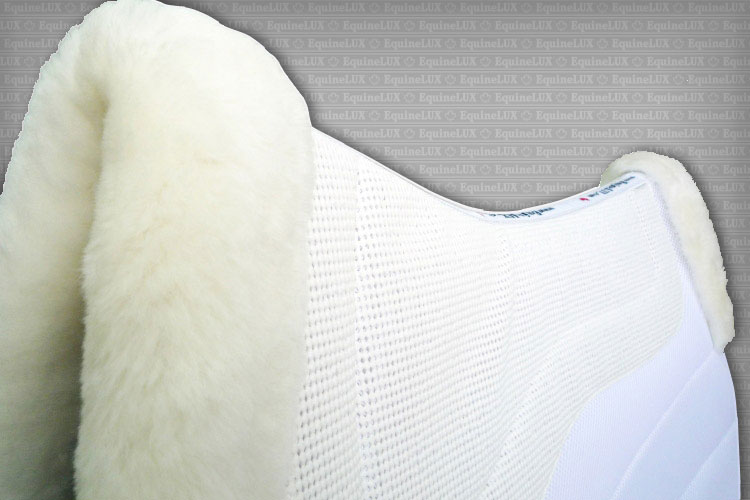 English saddle pads - SWEAT-WICKING non-slip Dressage saddle pad with sheepskin pommel roll and cantle roll, cotton lining and leather reinforcements